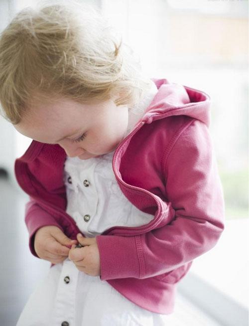 好冷的图片可爱小孩