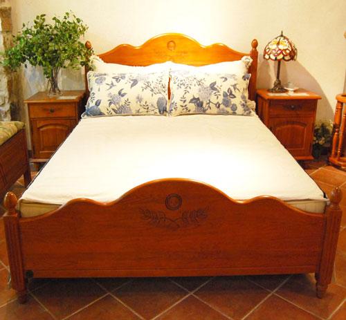 产品描述:迦南橄榄树系列这款床整体