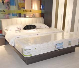 绿芝岛,板材家具,床