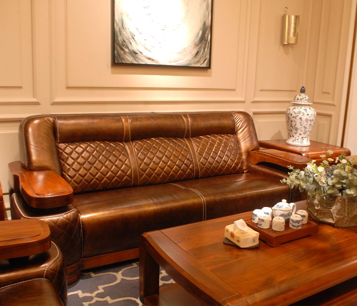 赖氏家具 胡桃木三人位沙发lsj09c型号 进口实木 现代图片