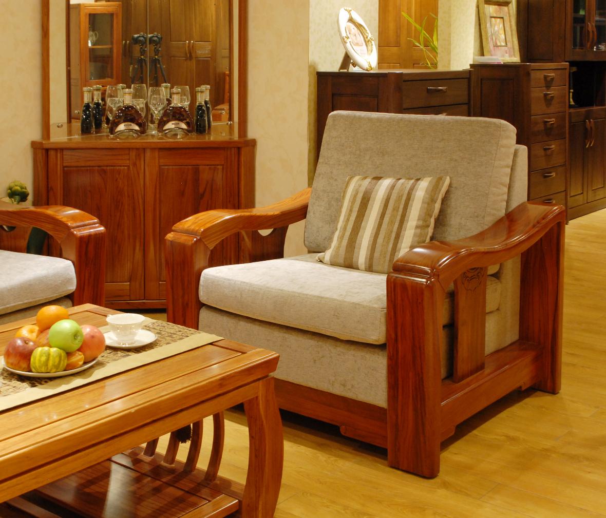 简约单人沙发木