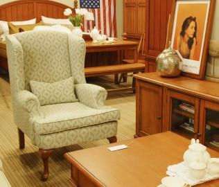 奶酪王国,实木家具,椅凳