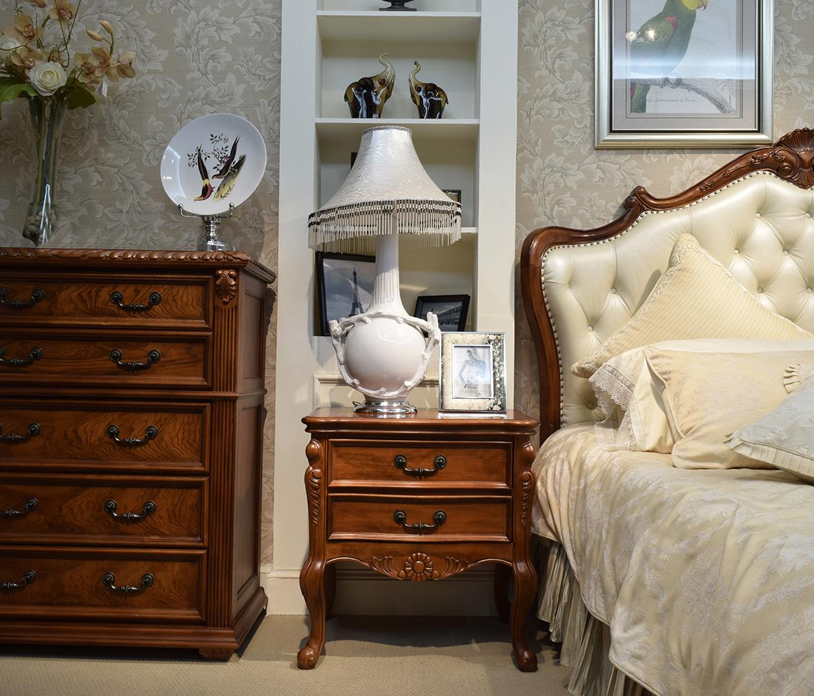 伯爵庄园 原9221-1美式古典实木双屉床头柜 百年工艺打造图片