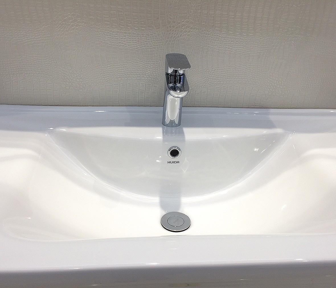 惠达卫浴 HDA1711M型号单把单孔面盆龙头