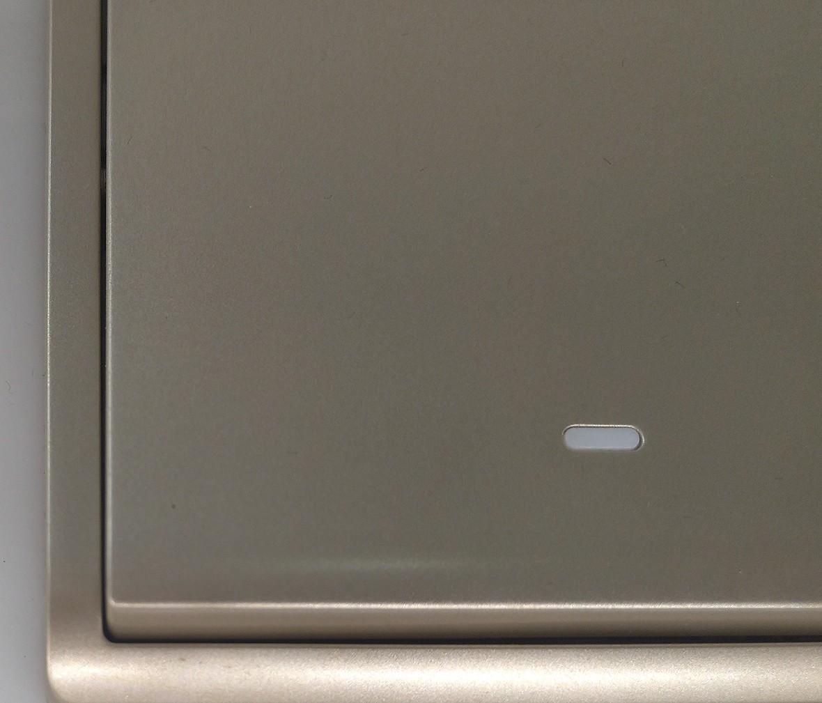 施耐德 丰尚系列 单开开关 PC材质 耐高温 防漏电 安全开关