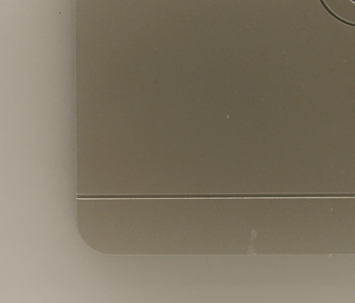 施耐德 蓝韵系列 电视插座 PC材质 耐高温 防漏电 安全插座 细节