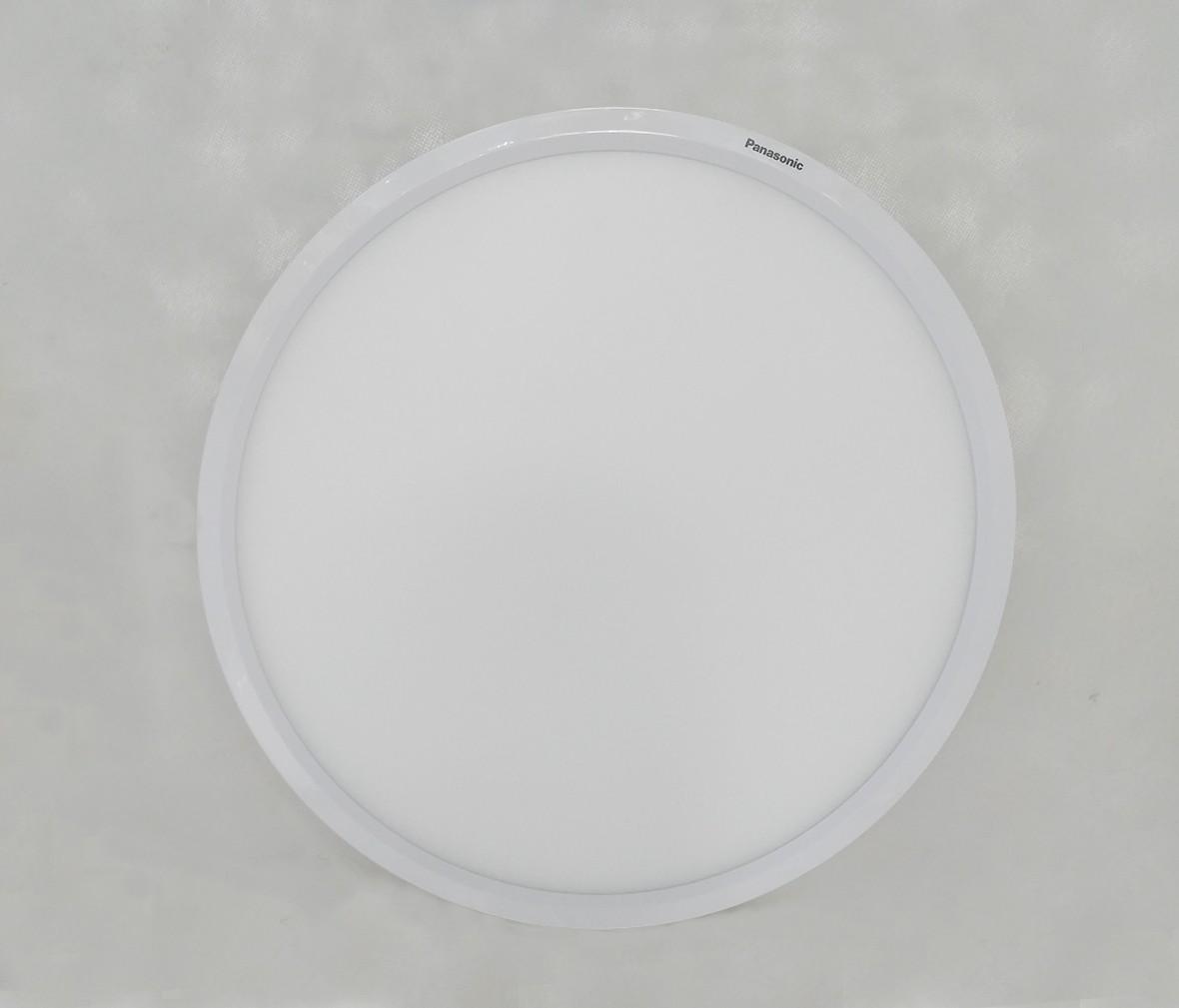 松下灯饰 HH-LA1705型号 吸顶灯 亚克力材质 LED灯芯