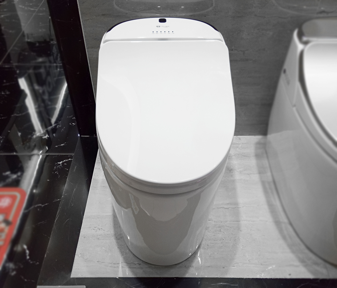 马桶 优质陶瓷 喷射虹吸式冲水  眼缘:0  金牌卫浴 rf2156型号 连体座