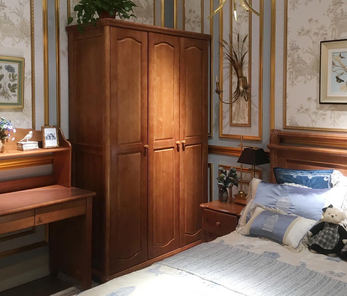 多喜爱儿童家具 qtd604-t d1三型号欧洲进口实木三门衣柜