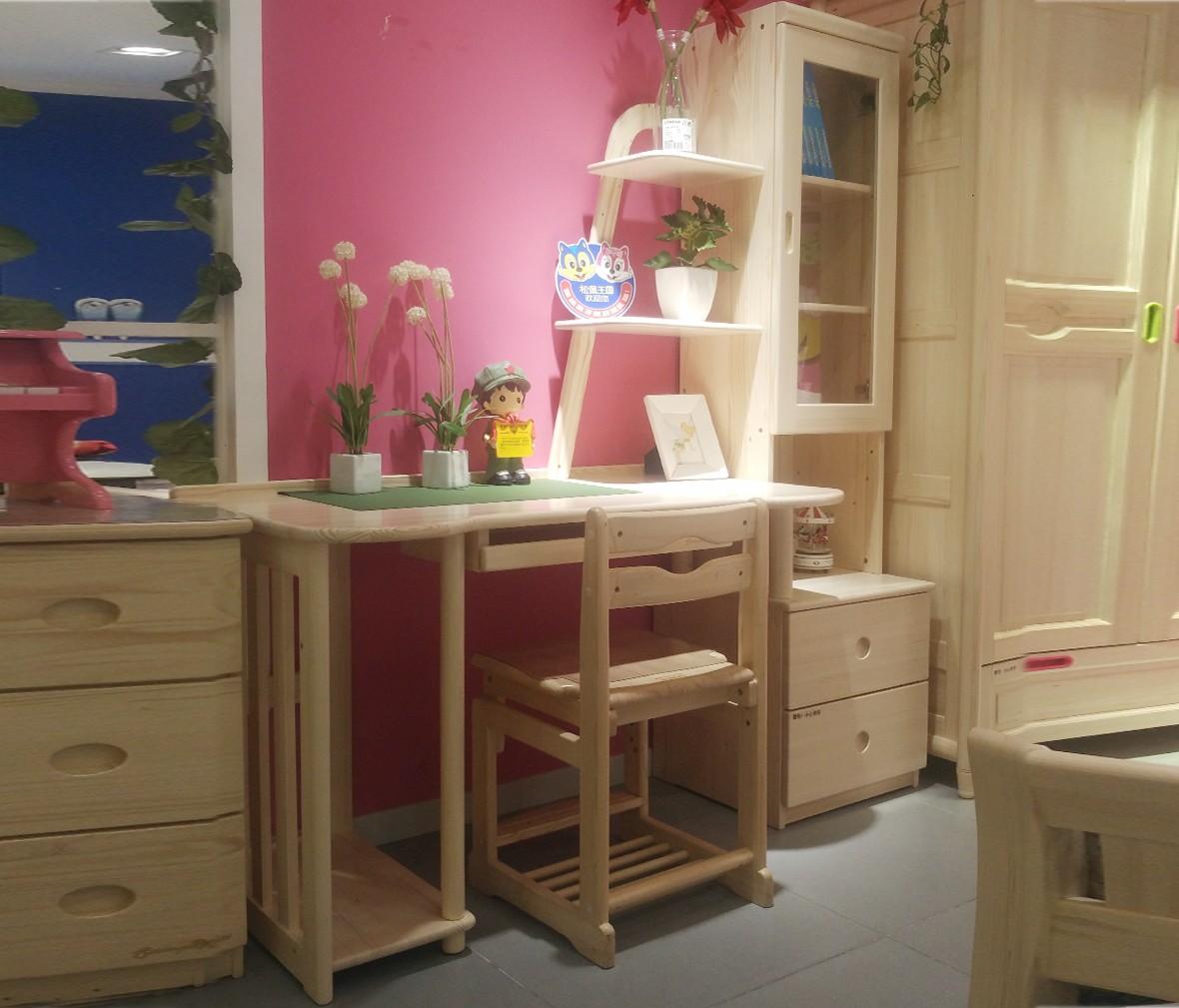 松堡王国 SP-A-T010型号书桌 进口芬兰木材质书桌