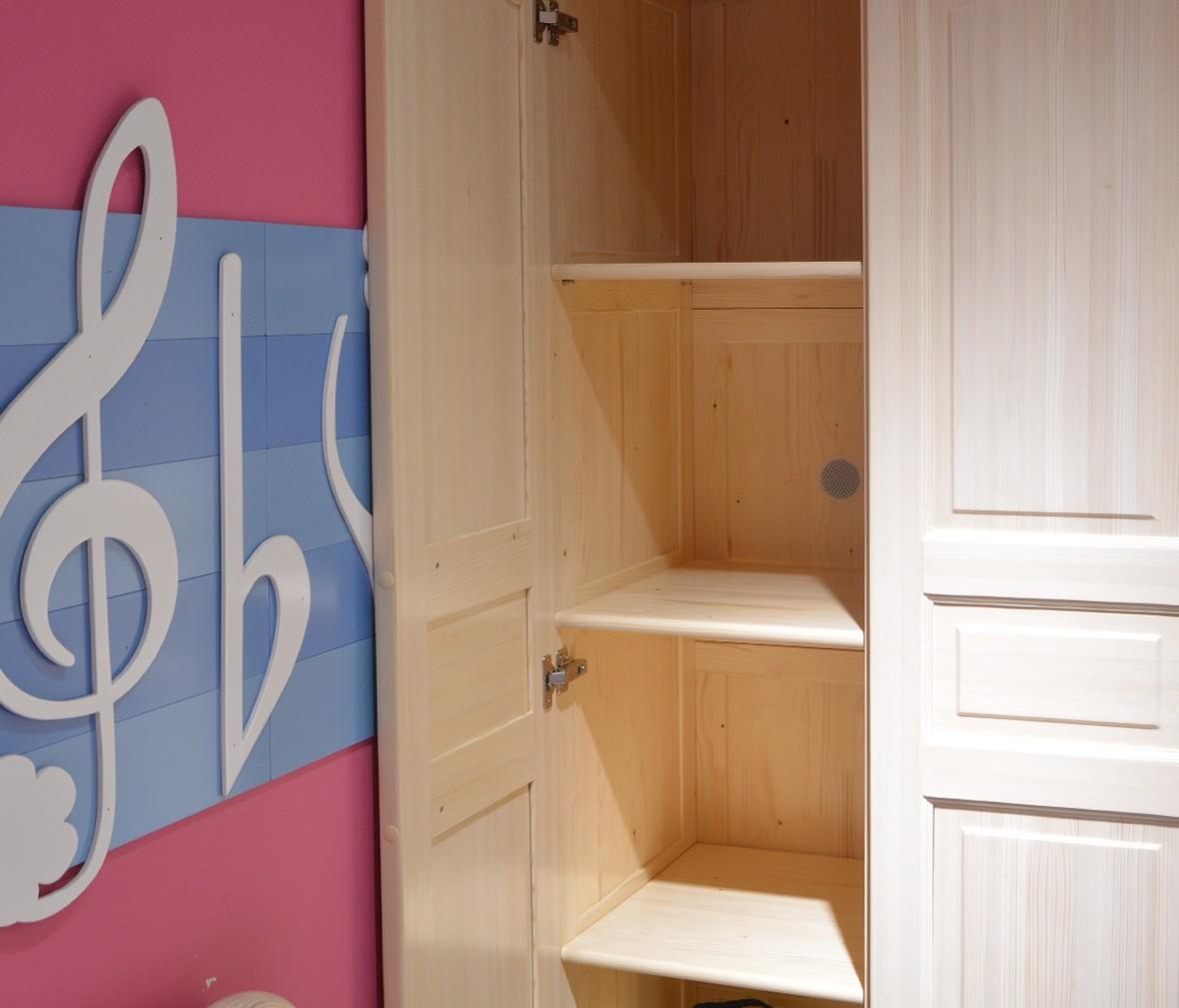 松堡王国 SP-A-G003型号三门衣柜 芬兰松木材质儿童家具 商品细节