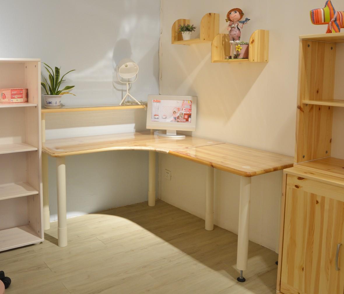 芙莱莎 901-10140-1型号转角书桌 北欧风格儿童实木书桌 商品情景