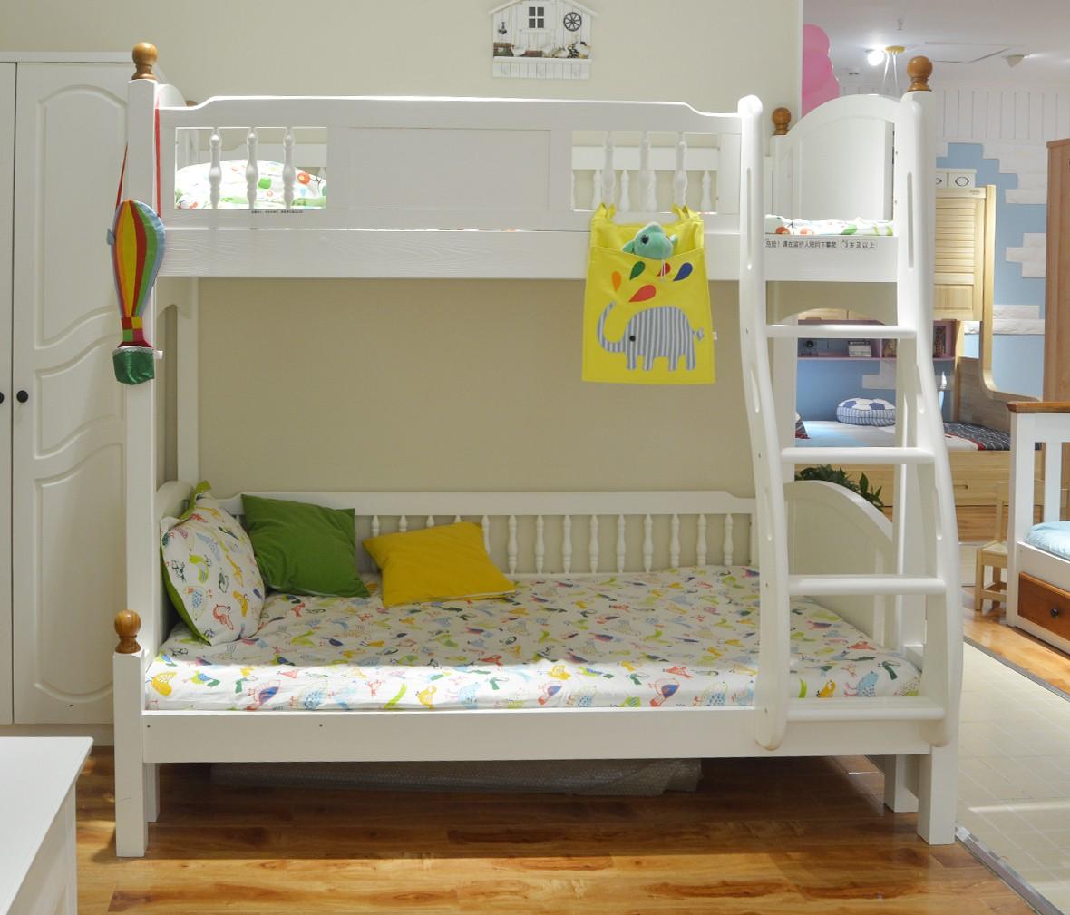 弋玛特儿童家具 C-88A型号上下床 进口智利松材质儿童床 商品情景
