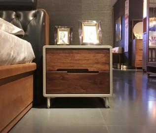 钛马迪,床头柜,实木家具