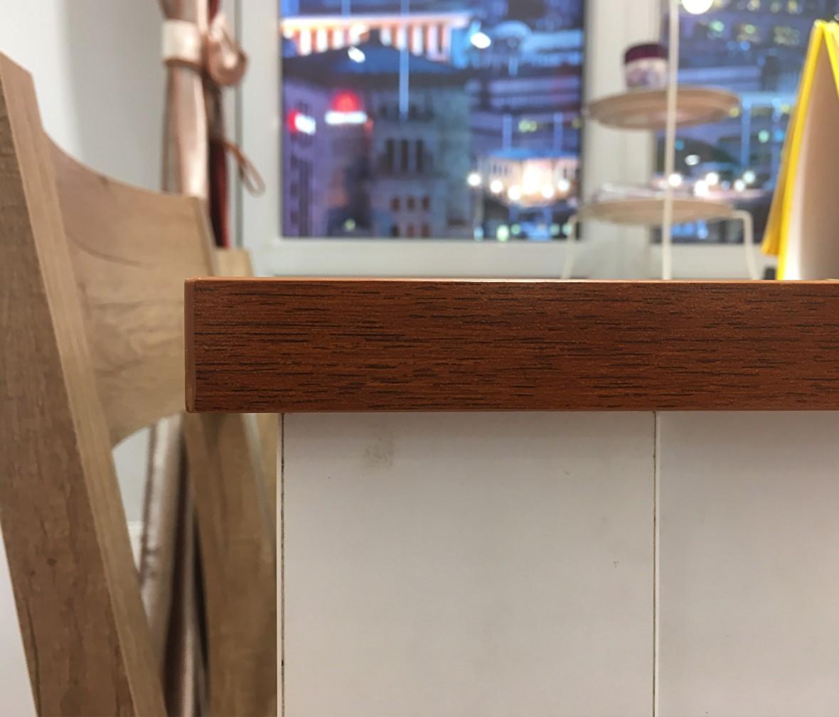 意风家具 特价一桌四椅 板材材质桌椅 现代简约餐厅组合 图片、价格、品牌、评测样样齐全!【蓝景商城正品行货,蓝景丽家大钟寺家居广场提货,北京地区配送,领券更优惠,线上线下同品同价,立即购买享受更多优惠哦!】