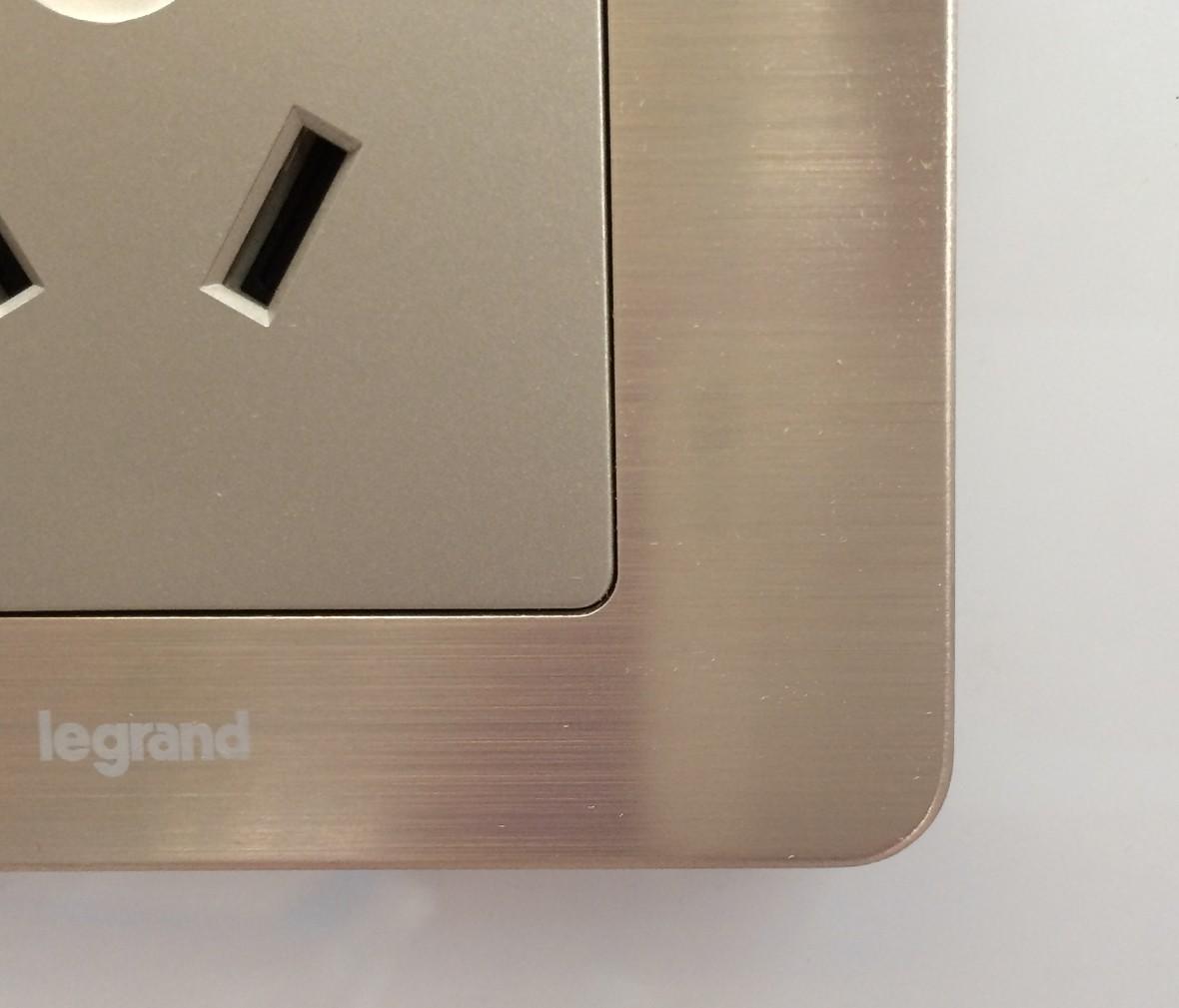 朗士灯饰 罗格朗逸典系列金色三孔16a 电源插座 插口