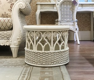 依藤贝尔,小凳子,藤式家具