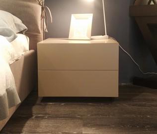 思利明兰,床头柜,卧室家具