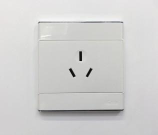 汤姆森,PC插座,三孔插座
