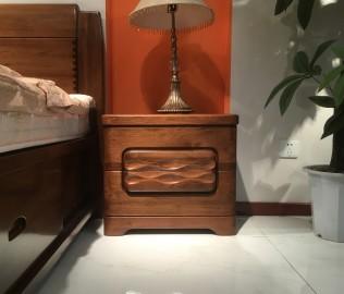 摩纳戈,床头柜,卧室家具