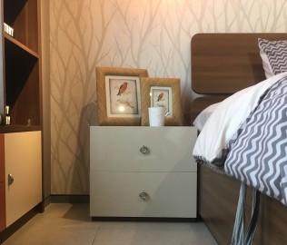 曲美家居,床头柜,卧室家具