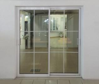门窗,推拉门,玻璃门