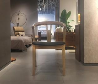 曲美家居,餐椅,椅子