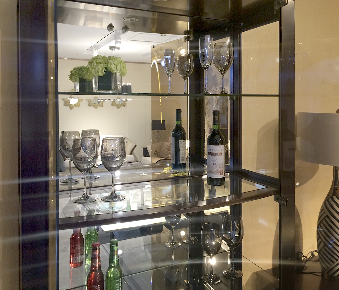长实-帕特丽夏 长实·轻奢jg601型号双门酒柜 西南桦