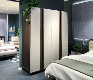 华鹤家具,四门衣柜,卧室家具