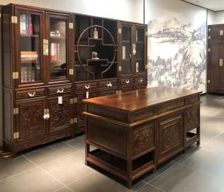易红堂,书柜,榆木材质