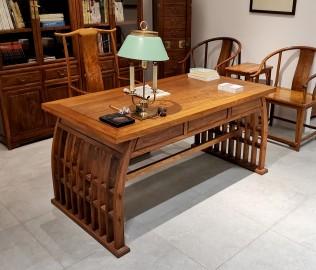 花梨君,书桌,书椅
