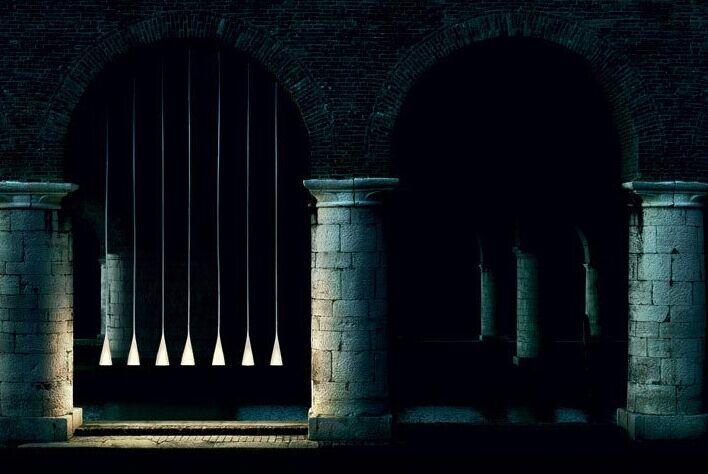 现在由设计师carlo urbinati重新设计成了以光影肖像为主题的&lsquo